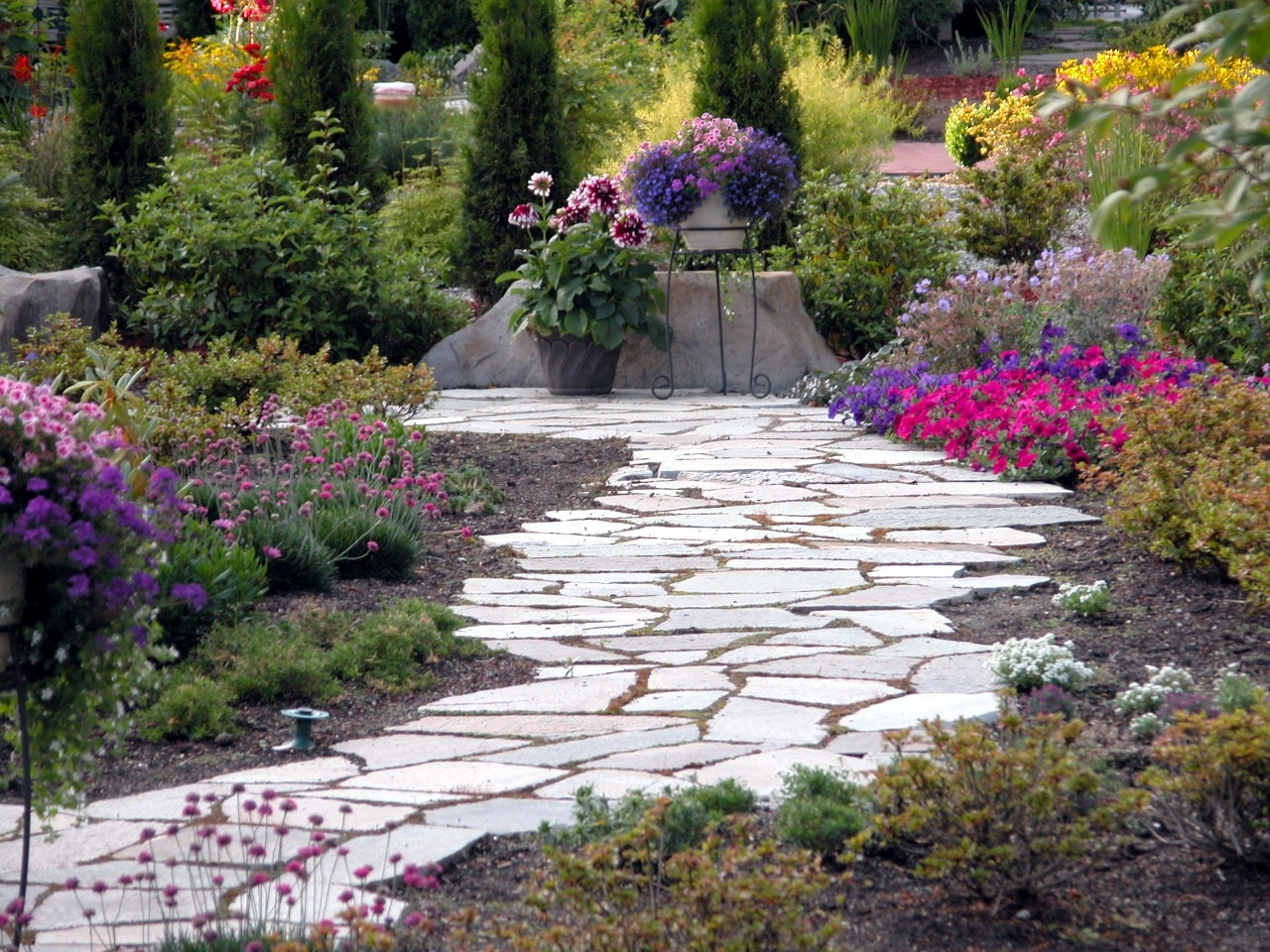 When You Move Into A New Home Or Want To Update The One Have Planning Garden Is Great Way Personalize It Fit Your Style