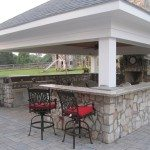 hanover-pavers-veneer-stone-pavilion-kitchen-with-bull-appliances-highland-md175
