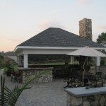 hanover-pavers-veneer-stone-pavilion-kitchen-with-bull-appliances-highland-md1811