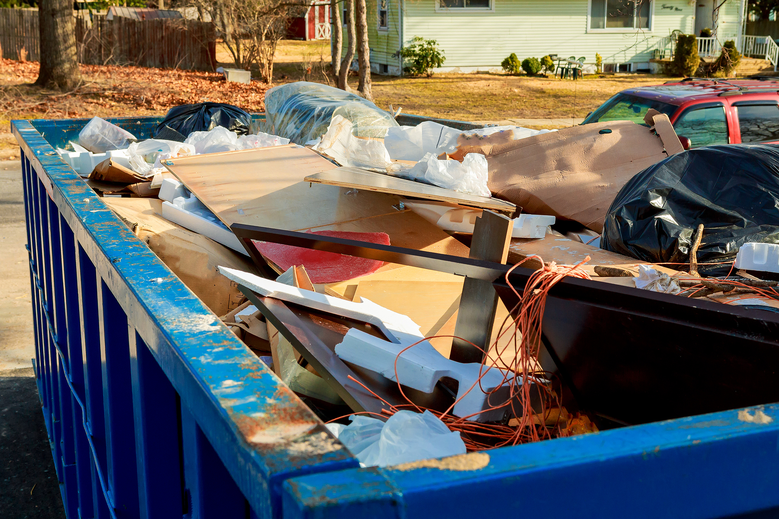 Finding Qualified Junk Removal Services - Frank Loves Junk