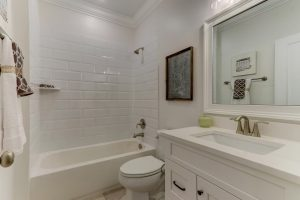 6090-Reynolda-Trace-Greensboro-large-022-9-Bathroom-1500x1000-72dpi