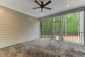 6090-Reynolda-Trace-Greensboro-large-031-31-Screenedin-Porch-1500x1000-72dpi