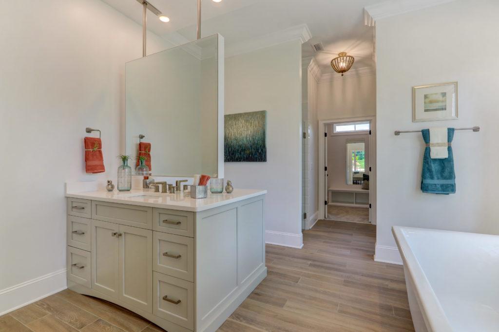 3803 Eagle Downs Way-print-018-016-Master Bathroom-4200x2797-300dpi