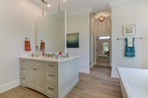 3803 Eagle Downs Way-print-018-016-Master Bathroom-4200x2797-300dpi