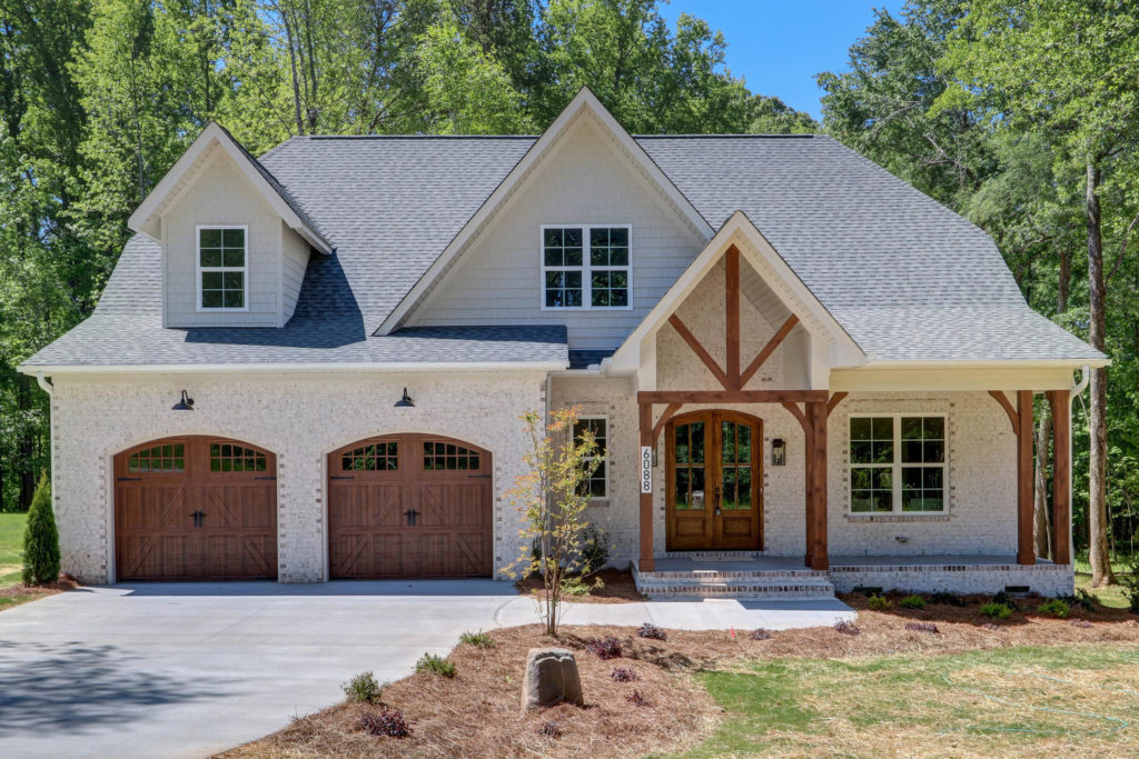 6088 Reynolda Trace Greensboro-large-001-004-Front of Home-1500x1000-72dpi