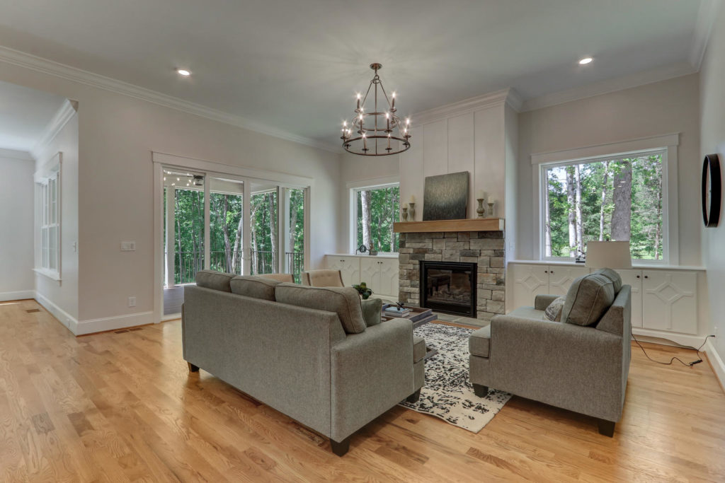 6088 Reynolda Trace Greensboro-large-011-014-Living Room-1500x1000-72dpi