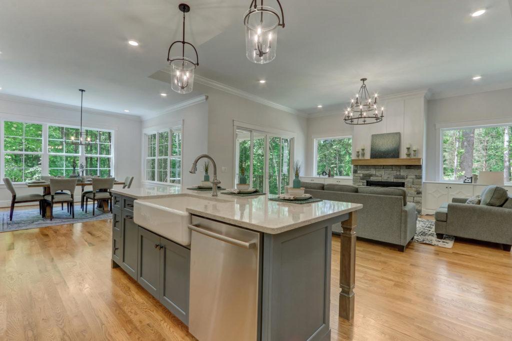 6088 Reynolda Trace Greensboro-large-016-027-Kitchen-1500x1000-72dpi