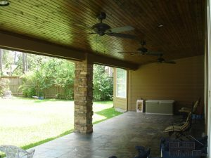 3-houston-covered-patio-32