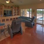 livingroom-pool