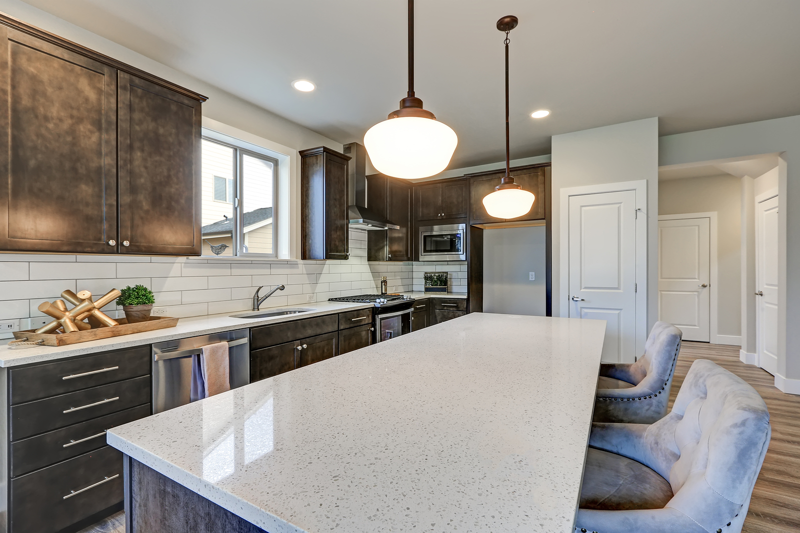 The Pros And Cons Of Corian And Quartz Solid Surfaces Bisley Fabrication Inc