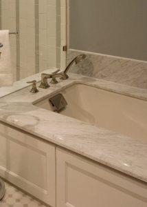 Master-Bathroom-tub
