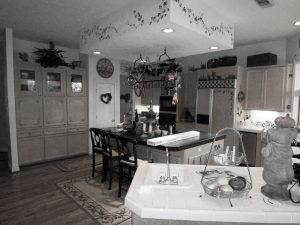 Byers-kitchen-before-31