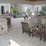 hanover-pavers-veneer-stone-pavilion-kitchen-with-bull-appliances-highland-md1851