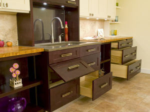 base pullouts(c)boss cabinetry