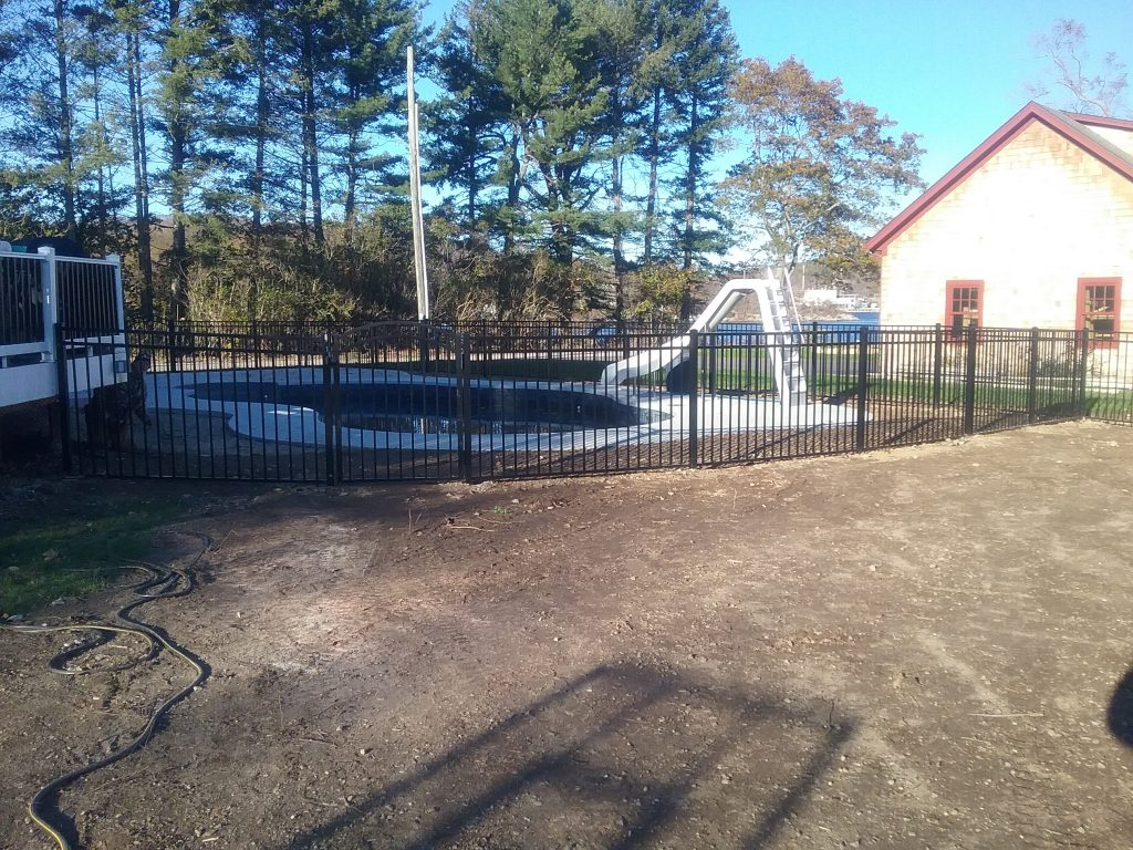 pool - Pool Fence Installation